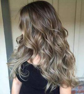 balayage na włosach