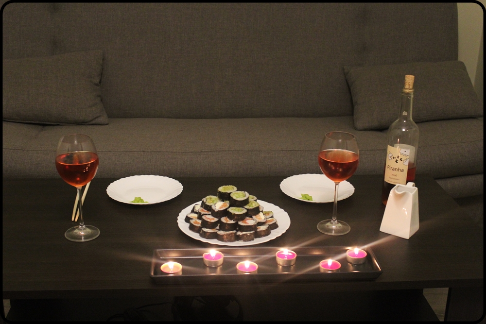 romantyczna kolacja z sushi